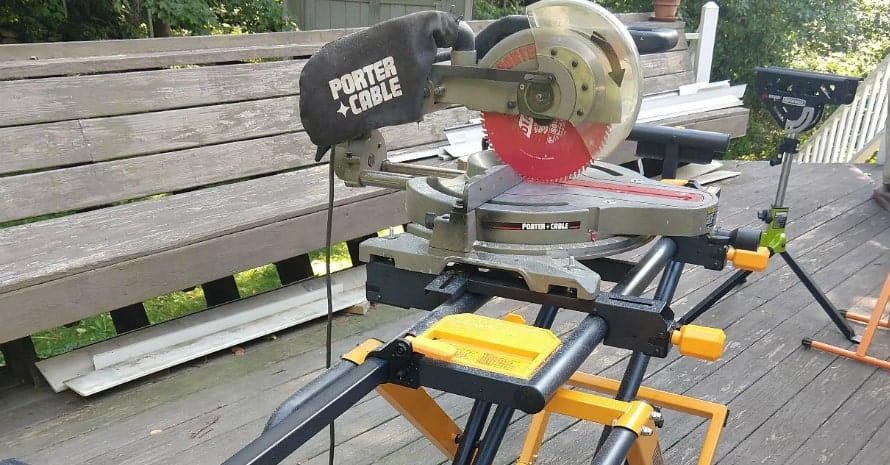 ToughBuilt - 10inch Gravity Miter Saw Stand TB-S600