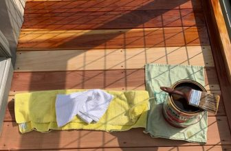 deck sealing vs staining featured image