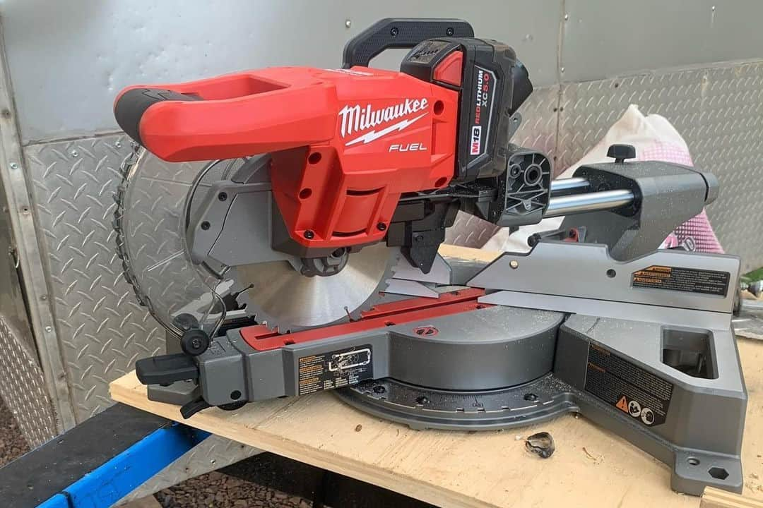 When to use miter saw