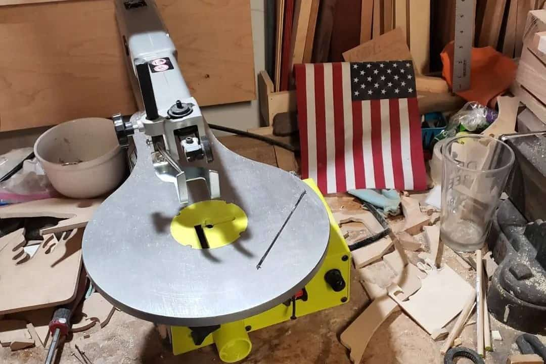 what is a scroll saw