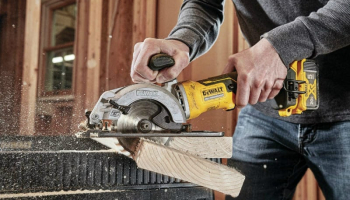 7 Best Best Compact Circular Saws to Buy in 2021